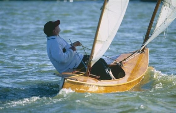 Beth sailing canoe winding upwind. Nice trim and concentration. storerboatplans.com