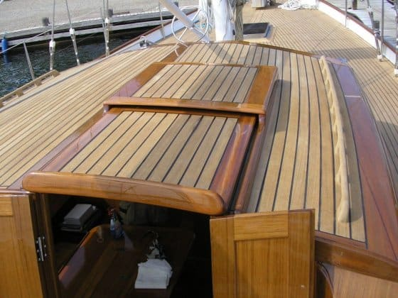 Essential tips for filling deck seams with sikaflex or 5200
