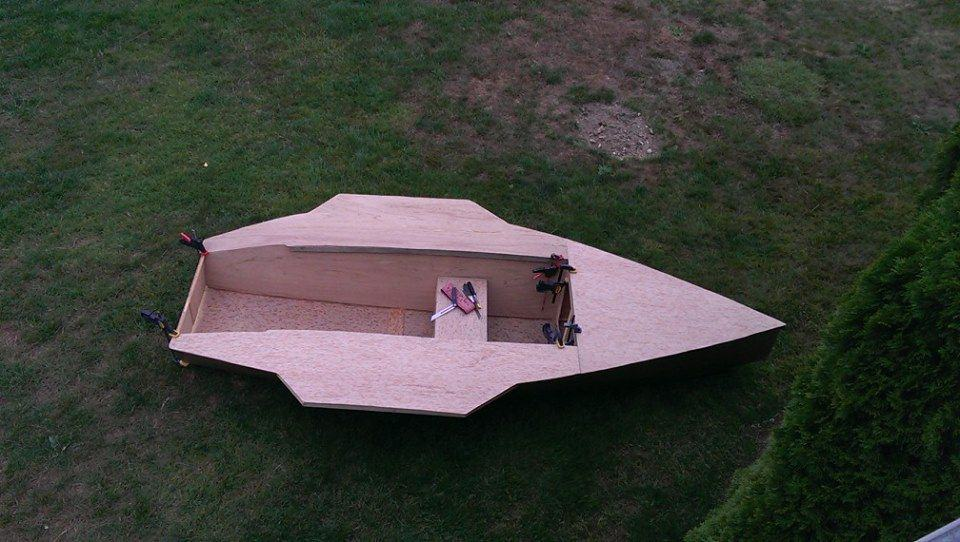 12ft performance plywood sailing dinghy. Light and efficient with moderate sail area