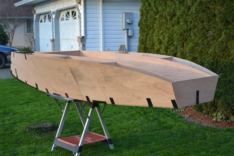 12ft plywood racing dinghy - simple to build but fast and light