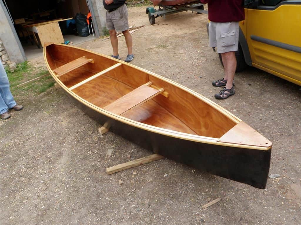 Quick Canoe simplest plywood canoe. Build in two weekends: storer boat plans.com