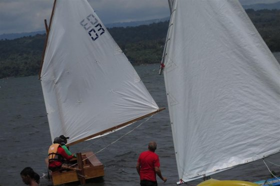 Learn to sail - Manila Phlippines Batangas Lake Taal