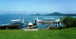 Taal volcano tour pusod taal lake conservation centre - Learn to sail - Manila Phlippines Batangas Lake Taal