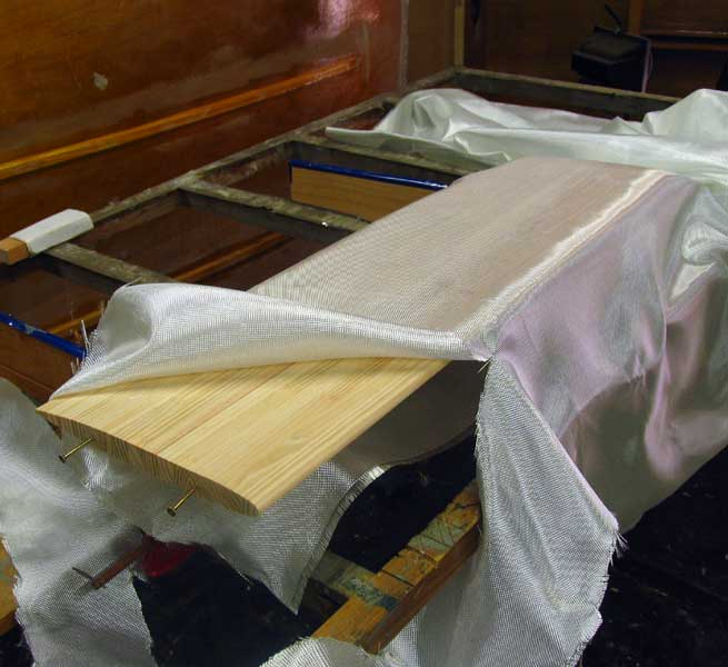 Choose between Swinging Centreboard and Daggerboard - Storer Boat Plans in Wood and Plywood