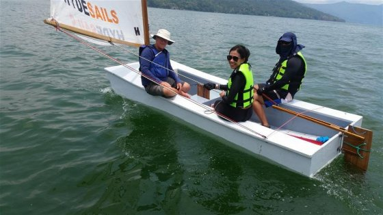 Rose and Rommel and instructor in light conditions, boat is moving just fine - storerboatplans.com