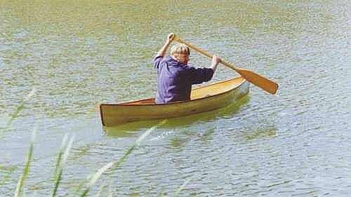 Rushton Wee Lassie: 12lbs How to build a lightweight canoe: storerboatplans.com