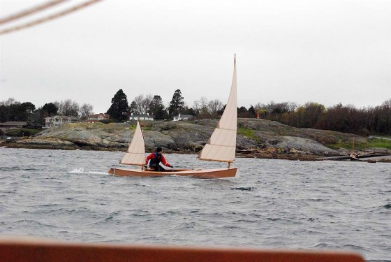 How does a lug rigged canoe go in club racing - Storer Boat Plans
