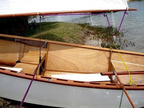 boom sheeting arrangement on Goat Island Skiff: storerboatplans.com