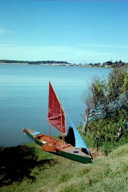Murray River. convert canoe or kayak into a sailboat. Drop in sailing rig: storerboatplans.com