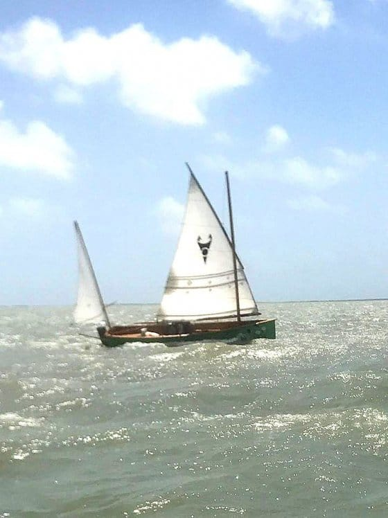 Goat island skiff john goodman in texas 200 mile event - storer boat plans